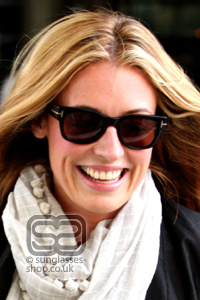 Cat Deeley wearing Tom Ford Cary sunglasses