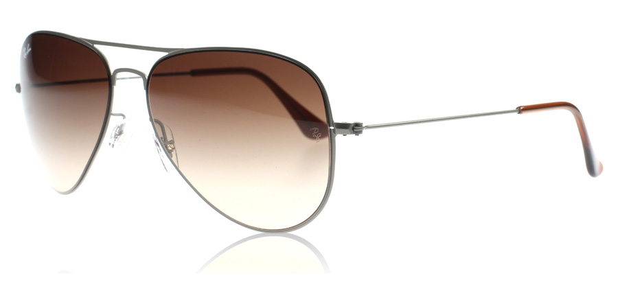 Ray Ban Aviator Features