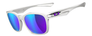 Oakley Garage Rock Polerad Vit OO9175-02