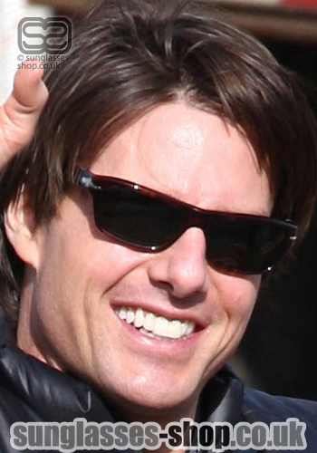tom cruise teeth before and after. tom cruise wears in